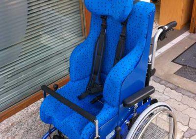 Sitzschale mit Rollstuhl